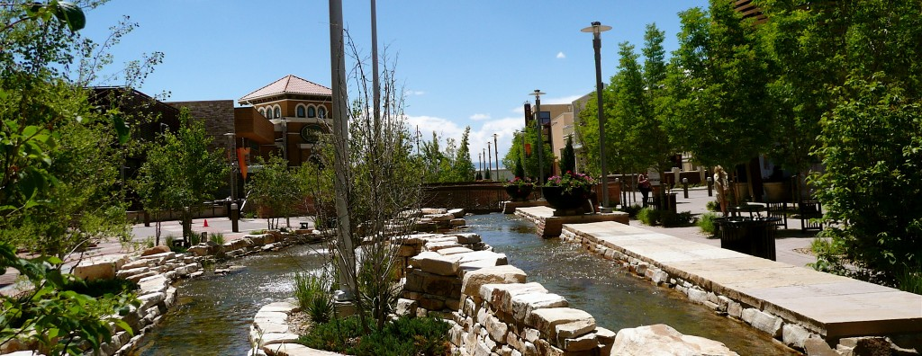 stream in The Vistas at Park Meadows mall